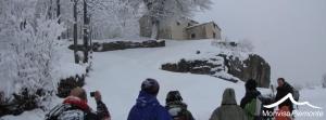 ciaspolata sotto la neve